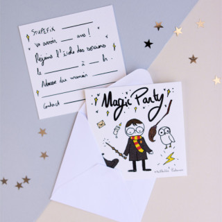 6 INVITATIONS  ANNIVERSAIRE MAGIC