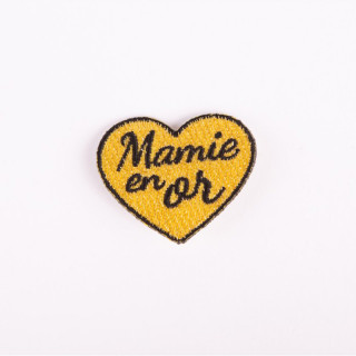 BADGE BRODE MAMIE EN OR